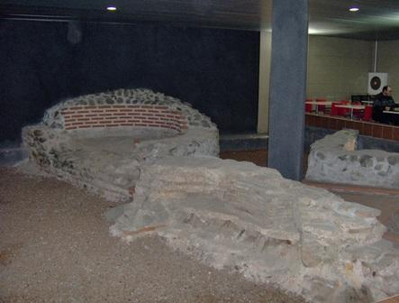 Древна Сердика - северозападната крепостна стена