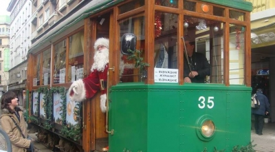 Christmas Extravaganza – Take a Ride on the Retro Tram